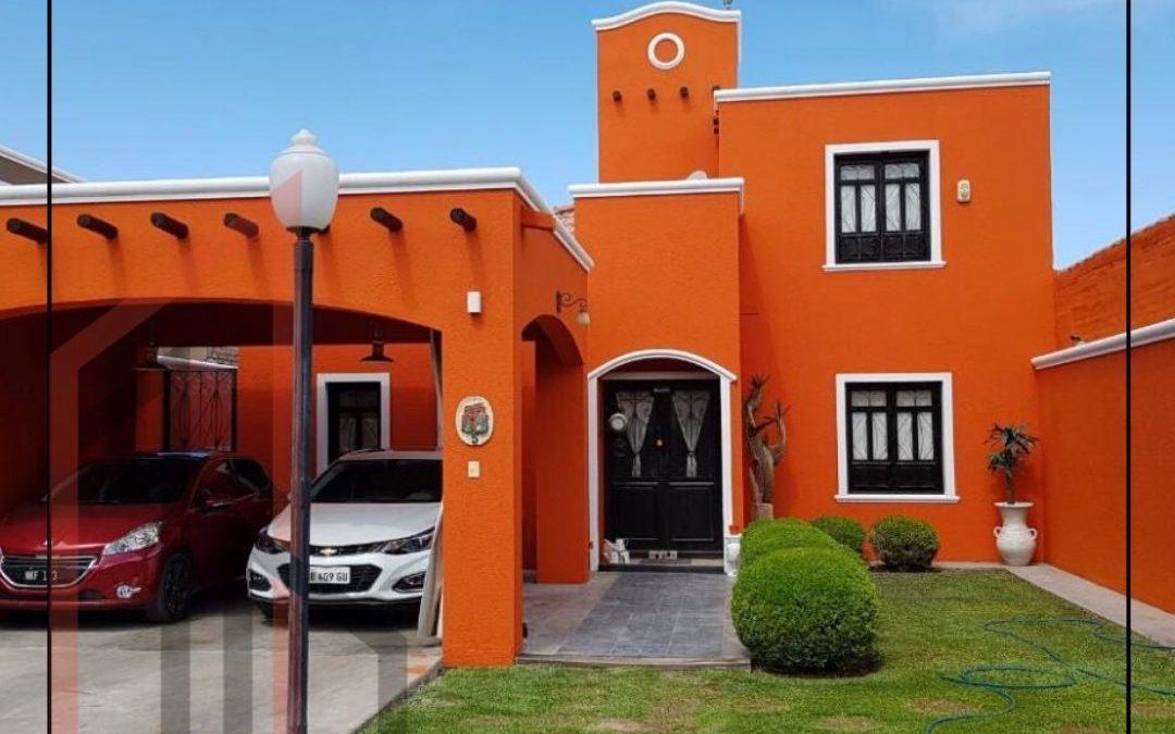 Hermosa casa B° Privado en Capital
